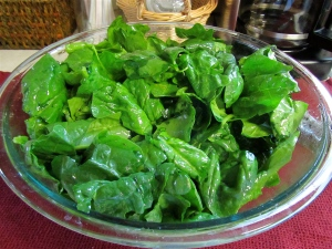 Spinach dressed with Olive Oil