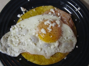 Egg on Corn Tortilla